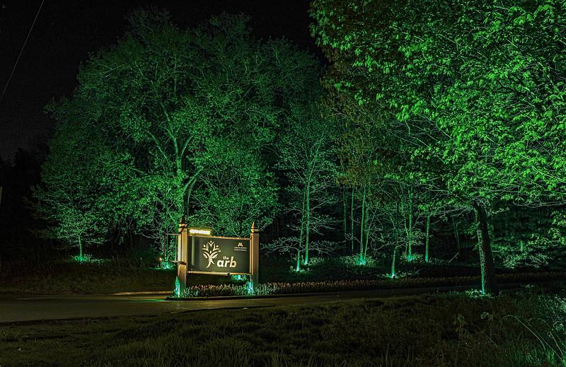 Entrance from 5 Arboretum 6.jpg