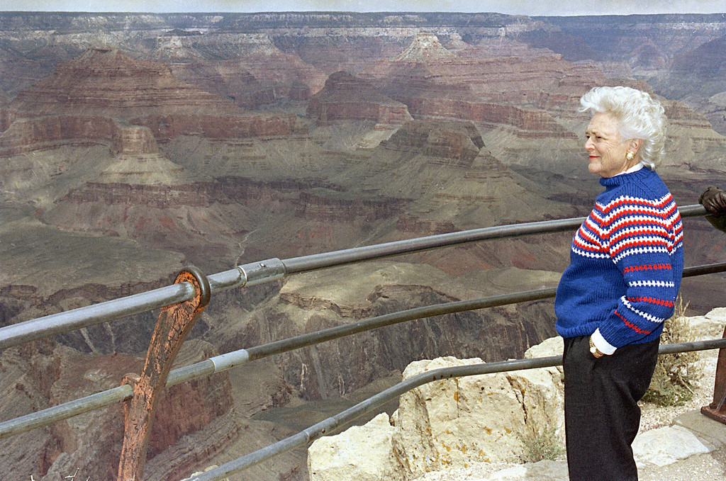 . First lady Barbara Bush looks out over Hopi Point during her first visit to the Grand Canyon, April 13, 1991.  Mrs. Bush was at the Canyon to kick off celebration for the 75th anniversary of the National Park Service.  (AP Photo/Jeff Robbins)