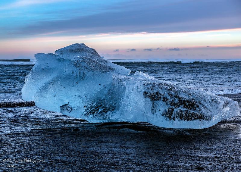 Diamond Beach Ice 6943 LM.jpg