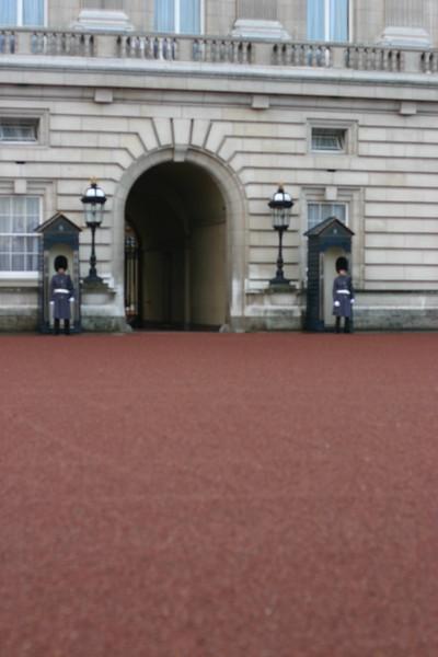 buckingham-palace_2124806193_o.jpg