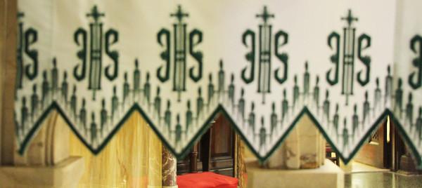 altarcloth.jpg