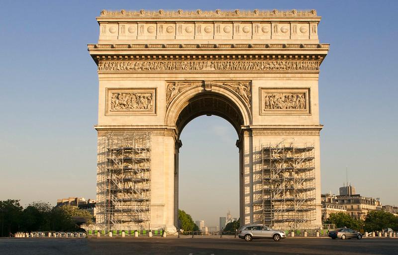 Paris_Arc d Triomphe-2.jpg