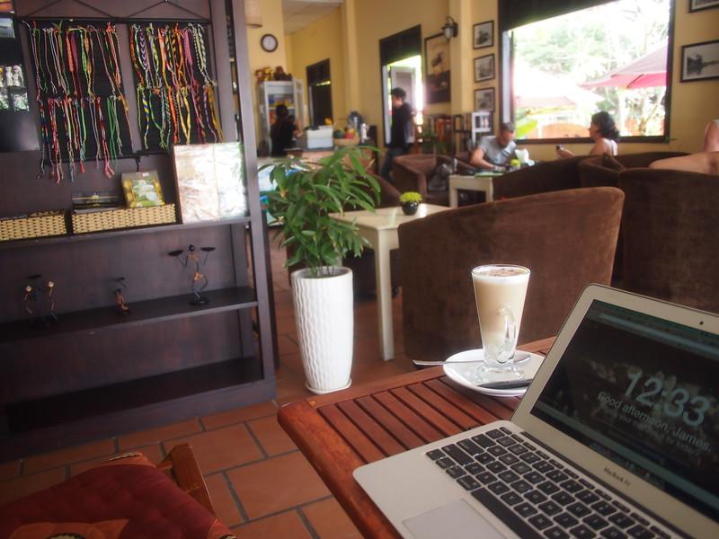 P1307104-work-at-buddy-coffee.JPG
