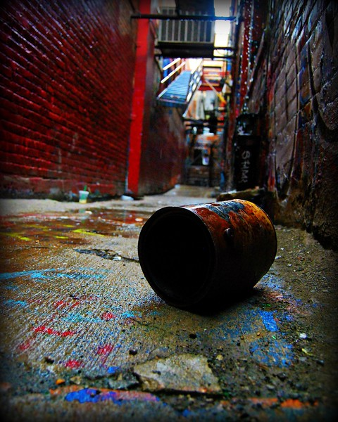 can graffiti alley ann arbor.jpg