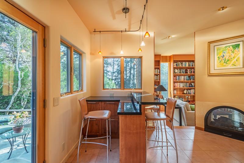 Bar area off kitchen
