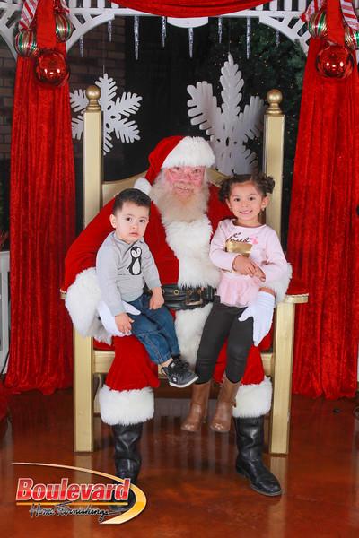 Santa 12-10-16-300.jpg