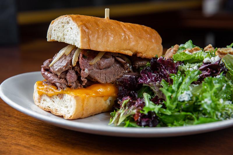 Met Grill_Sandwiches_Salads_069.jpg