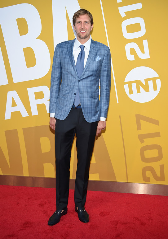 . NBA player Dirk Nowitzki, of the Dallas Mavericks, arrives at the NBA Awards at Basketball City at Pier 36 on Monday, June 26, 2017, in New York. (Photo by Evan Agostini/Invision/AP)