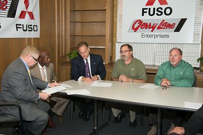 FUSO Signing