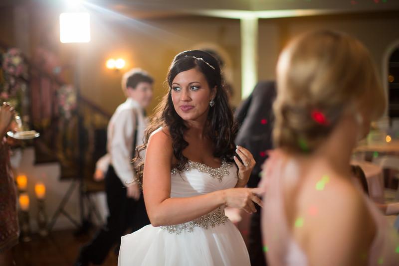 1015_Josh+Lindsey_Wedding.jpg