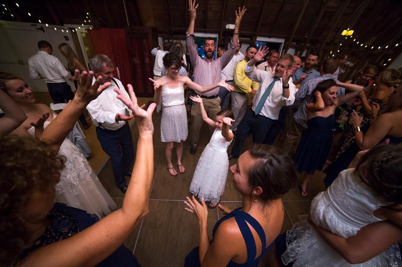 Garrett & Lisa Wedding (804).jpg