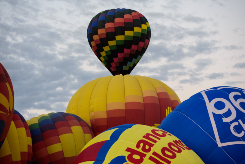 LotsofBalloons_ABQ_BalloonFiesta.jpg