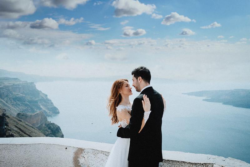 Tu-Nguyen-Wedding-Photography-Videography-Hochzeitsfotograaf-Engagement-Santorini-Oia-Greece-Thira-41.jpg