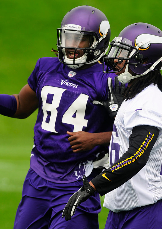 . Cornerback Jacob Lacey, right, and rookie wide receiver Cordarrelle Patterson work out during practice on Wednesday.  (Pioneer Press: Scott Takushi)