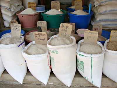 Markets in Burma