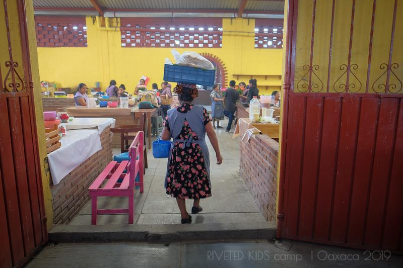 Jay Waltmunson Photography - Street Photography Camp Oaxaca 2019 - 097 - (DXT11204).jpg
