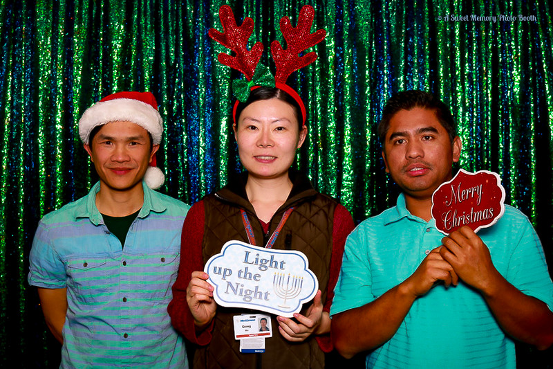 Medtronic Holiday Party -419.jpg