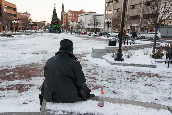 Homeless-nb-021817-41