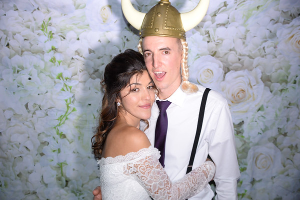 PHOTO BOOTH: Mr & Mrs Steven Sabia 11.2.19
