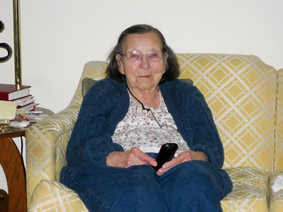 2011-02-05 Mom