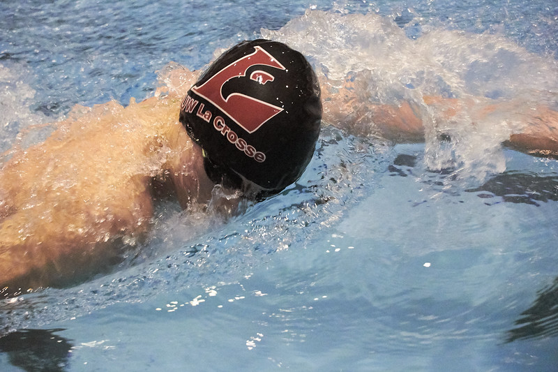 2018_Swimming_Diving_Mitchell_Hall_0014.jpg