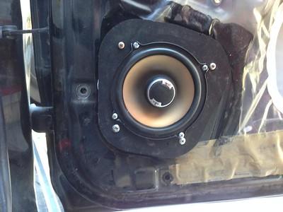 2000 Toyota 4Runner Limited Rear Door Speaker Installation - USA