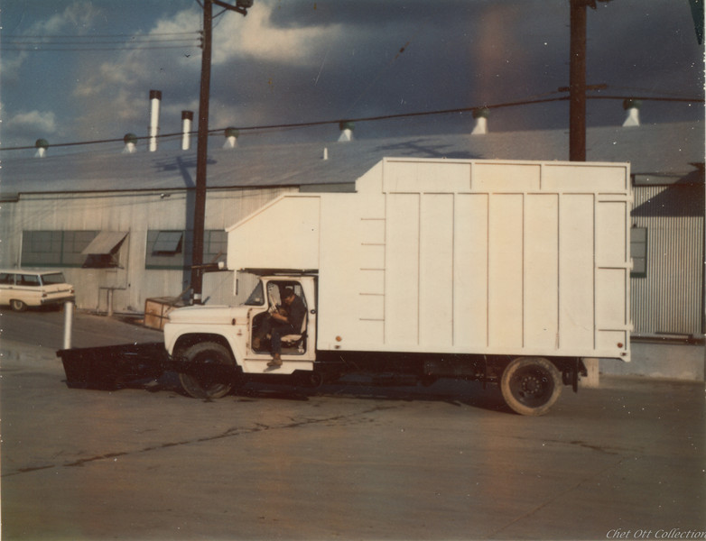 Chevrolet Top Pack Loader (Western Body?)