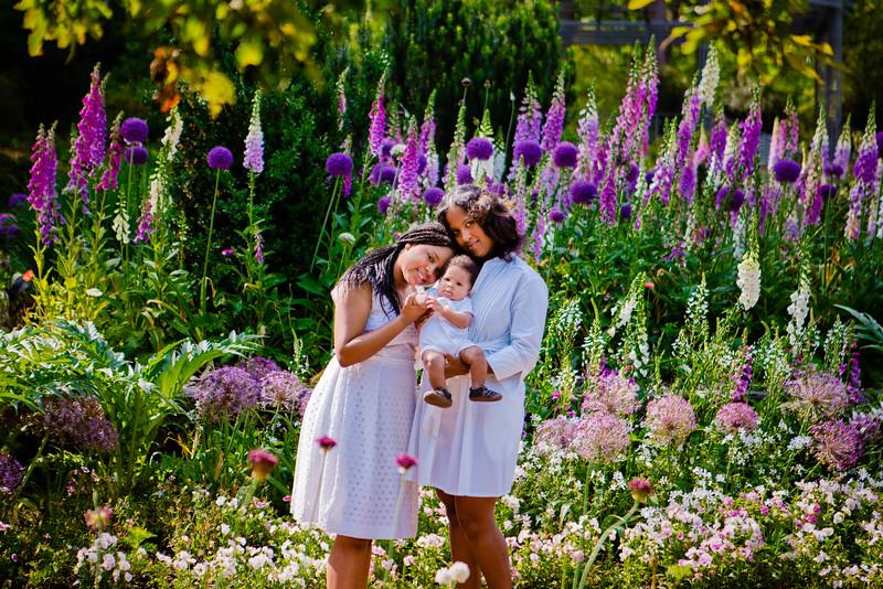 Sarah_P_Dujke_Gardens-DurhamNC-Miller_Family-001_67.jpg