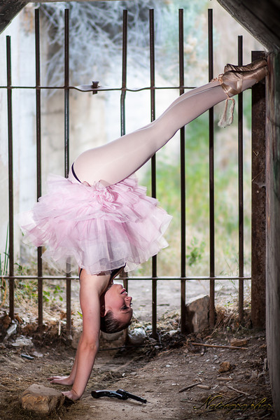 Lindsay Dance-162 rev A.jpg