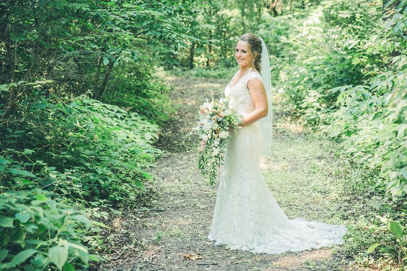 Rockford-il-Kilbuck-Creek-Wedding-PhotographerRockford-il-Kilbuck-Creek-Wedding-Photographer_G1A6095.jpg