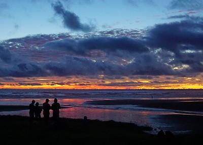 16-03  Karioitahi Beach
