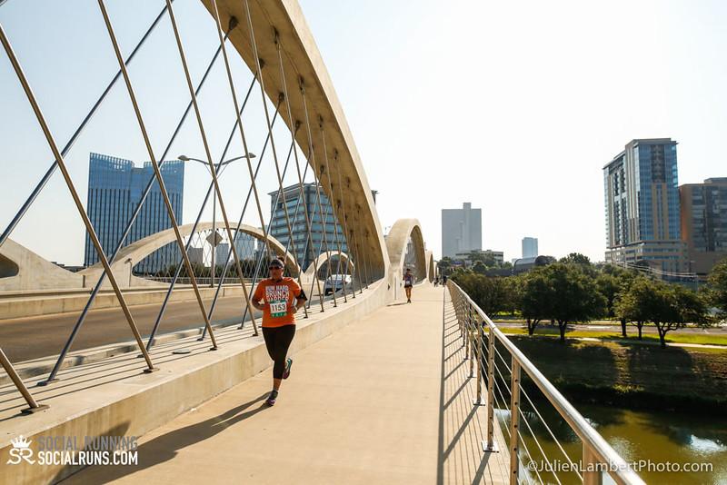 Fort Worth-Social Running_917-0560.jpg