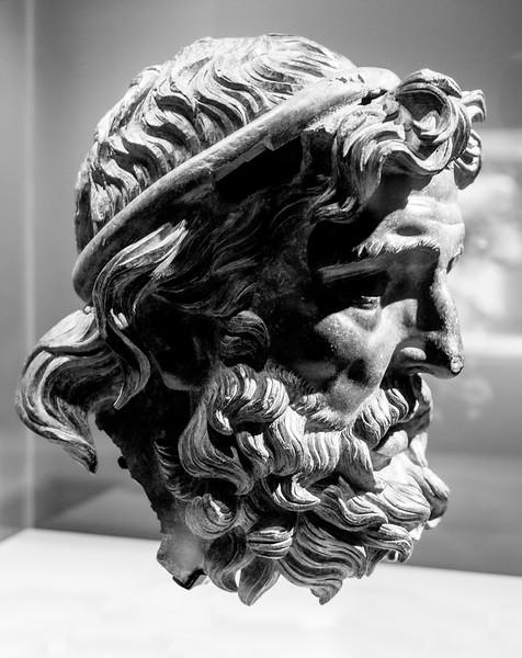 Hellenistic sculpture:  Head of Antigonos Doson