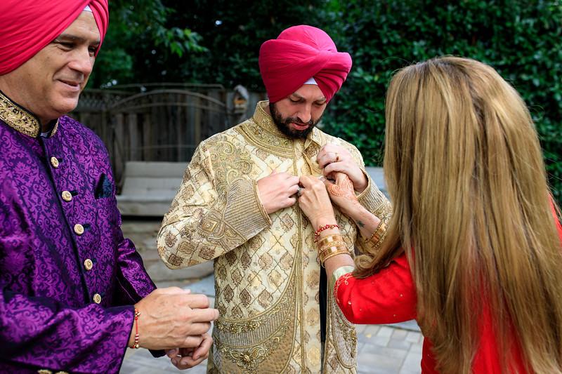 Neelam_and_Matt_Gurdwara_Wedding-1147.jpg