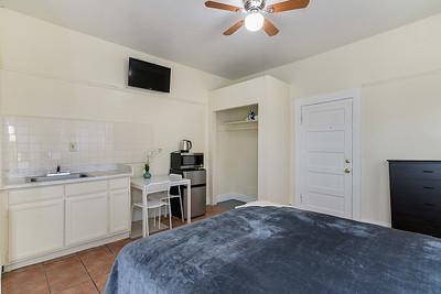 2301 Pasadena Avenue