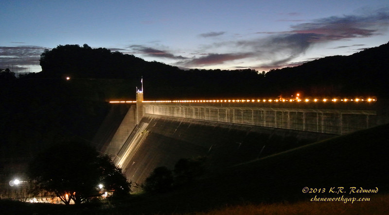 Norris Dam in Twilight_10237575276_o.jpg