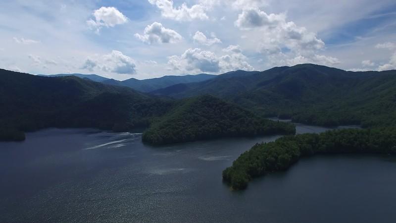 20190624 Lake Santeetlah Drone Video 003.MP4