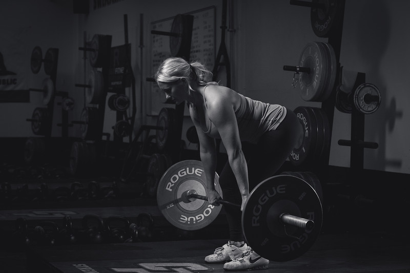 Sara_weightroom_5stars_BW-13_IMG_4246.jpg