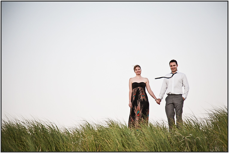 beach engagement session portraits