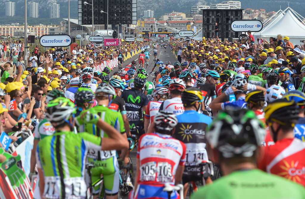 . A large group of riders gets blocked after a bunch of riders crashed in the last 300 meters from the finish line of the the fifth stage of the Tour de France cycling race over 228.5 kilometers (142.8 miles) with start in Cagnes-sur-Mer and finish in Marseille, southern France, Wednesday July 3, 2013. (AP Photo/Jerome Prevost/L\'Equipe, POOL)