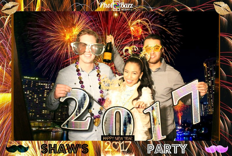 Shaws NYDay Party (91).jpg