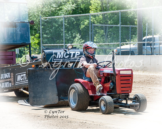 MCTP Tractor Pull 5/24/2015