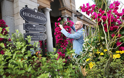 21/5/19 - Game of Thrones - Covent Garden renamed Highgarden