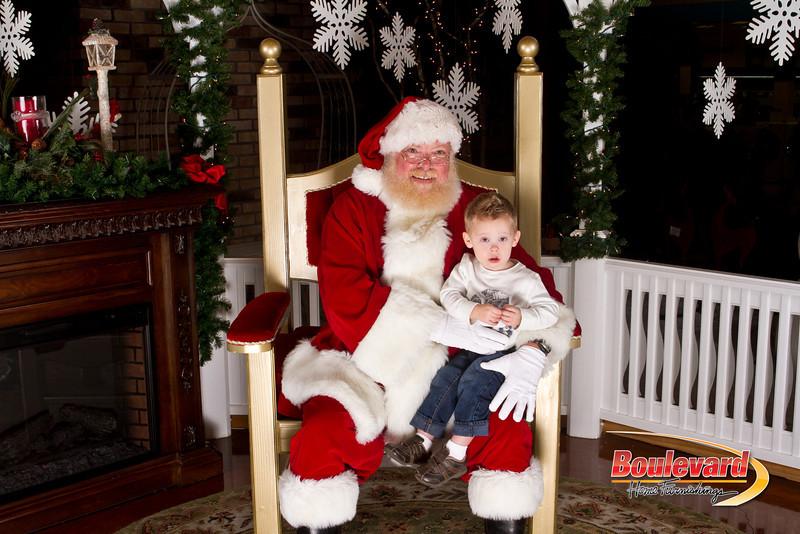 Santa Dec 15-189.jpg