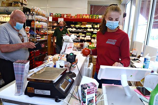 Mask wearing in Bennington - 052820