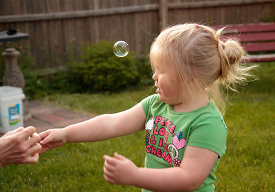 Janie, Aysi and the bubbles