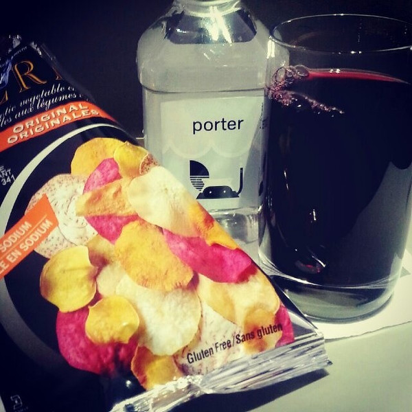 Heading_home_for_the_holidays__PorterAirlines_wins_me_over_with_root_chips_and_a_big_glass_of_Canadian_wine..jpg