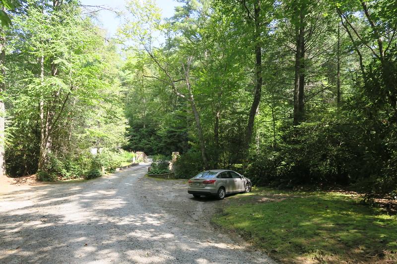 Heady Mountain Road Parking Area