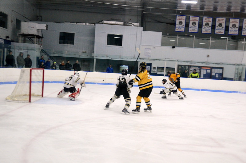 150103 Jr. Bruins vs. Providence Capitals-036.JPG