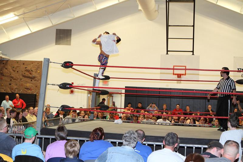wrestling310.JPG
